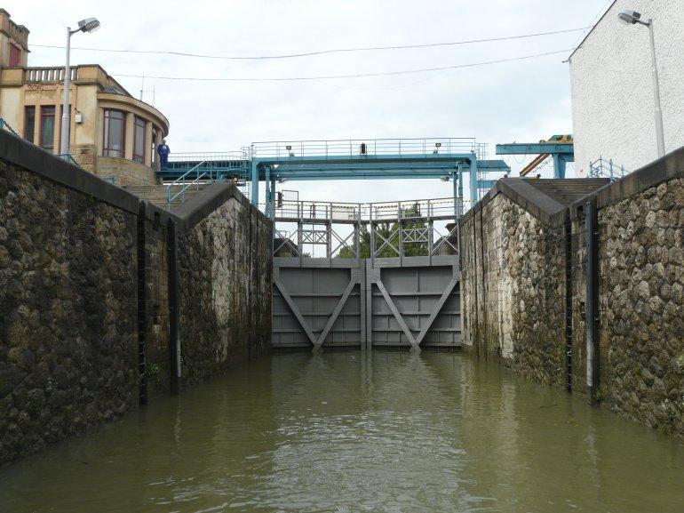 Hajózási zárlat a Kvassay-zsilipnél